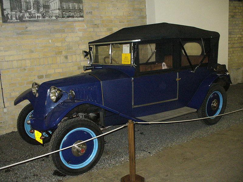800px-Tatra_12.JPG