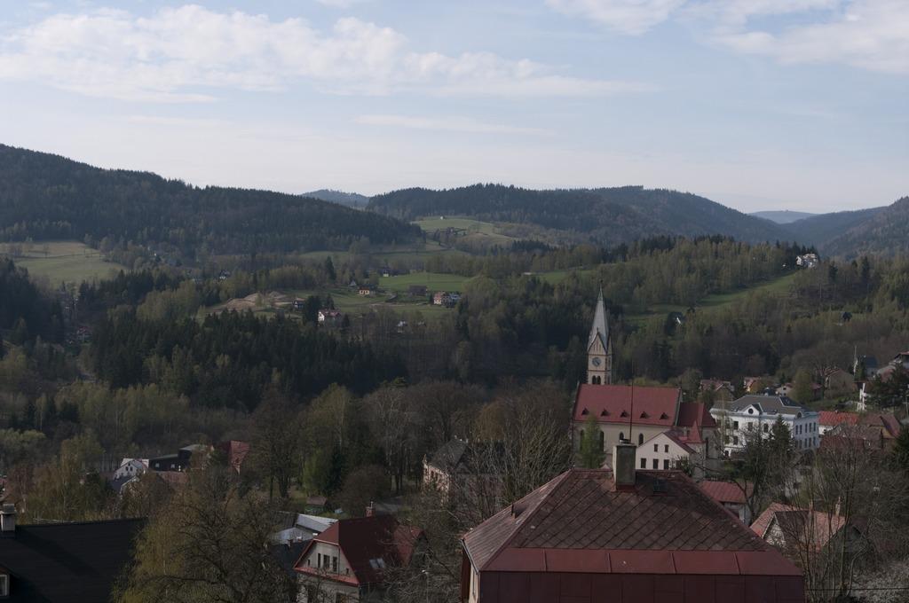 Tanvald, pohled ze Šumburku