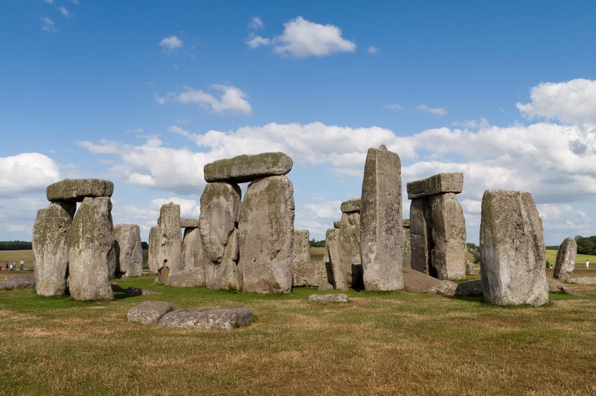 stonehenge01.jpg