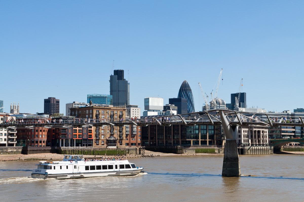 london02.jpg