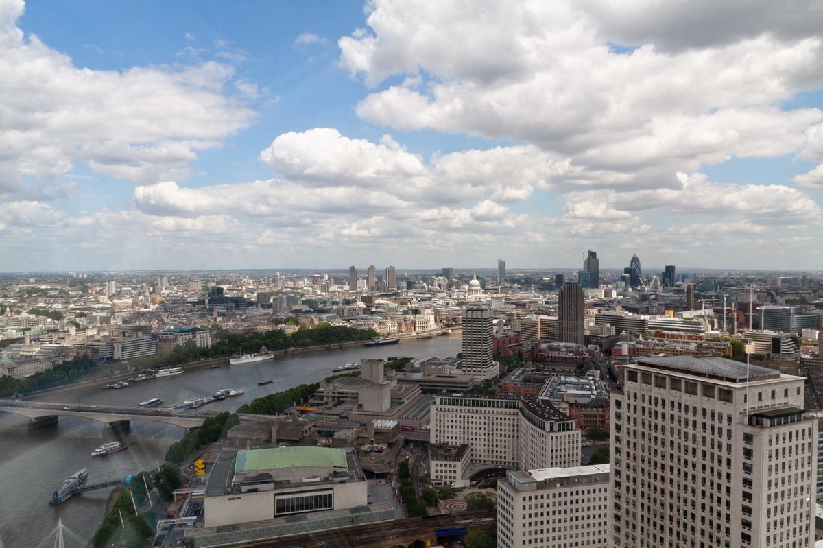 london03.jpg