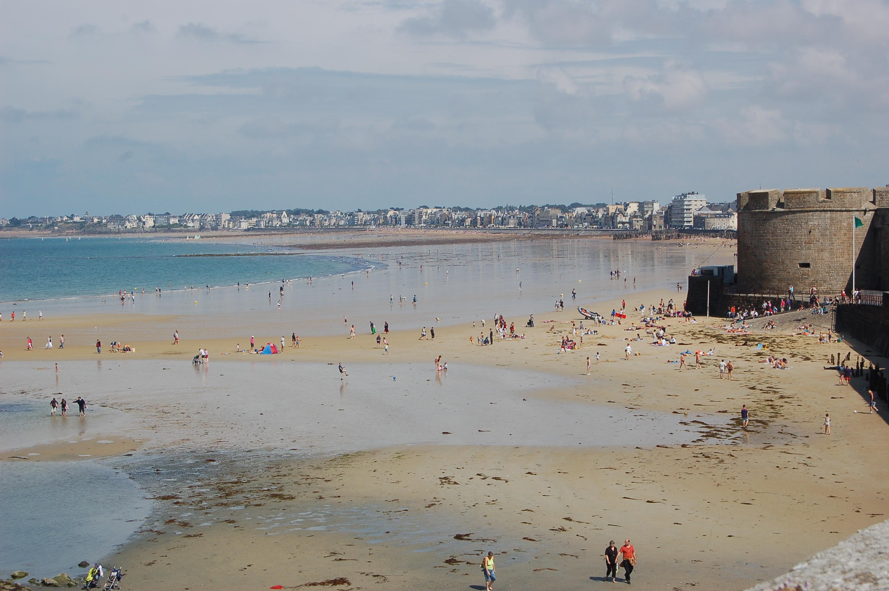 Saint - Malo - pláže po odlivu IIIII.JPG