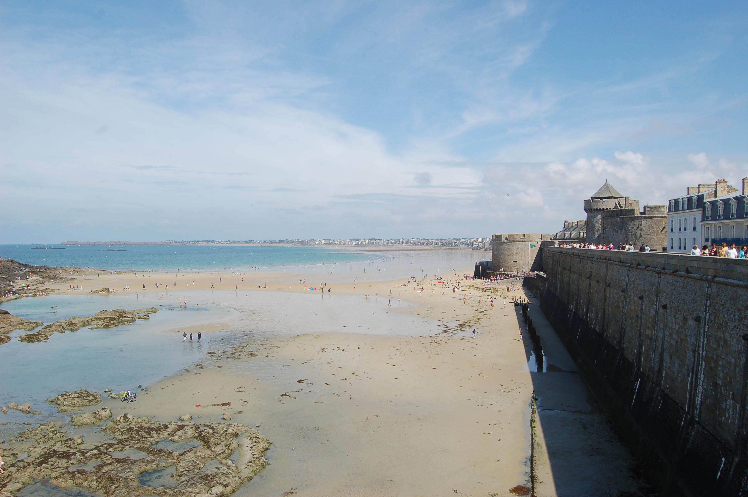 Saint - Malo - pláže po odlivu VI.JPG