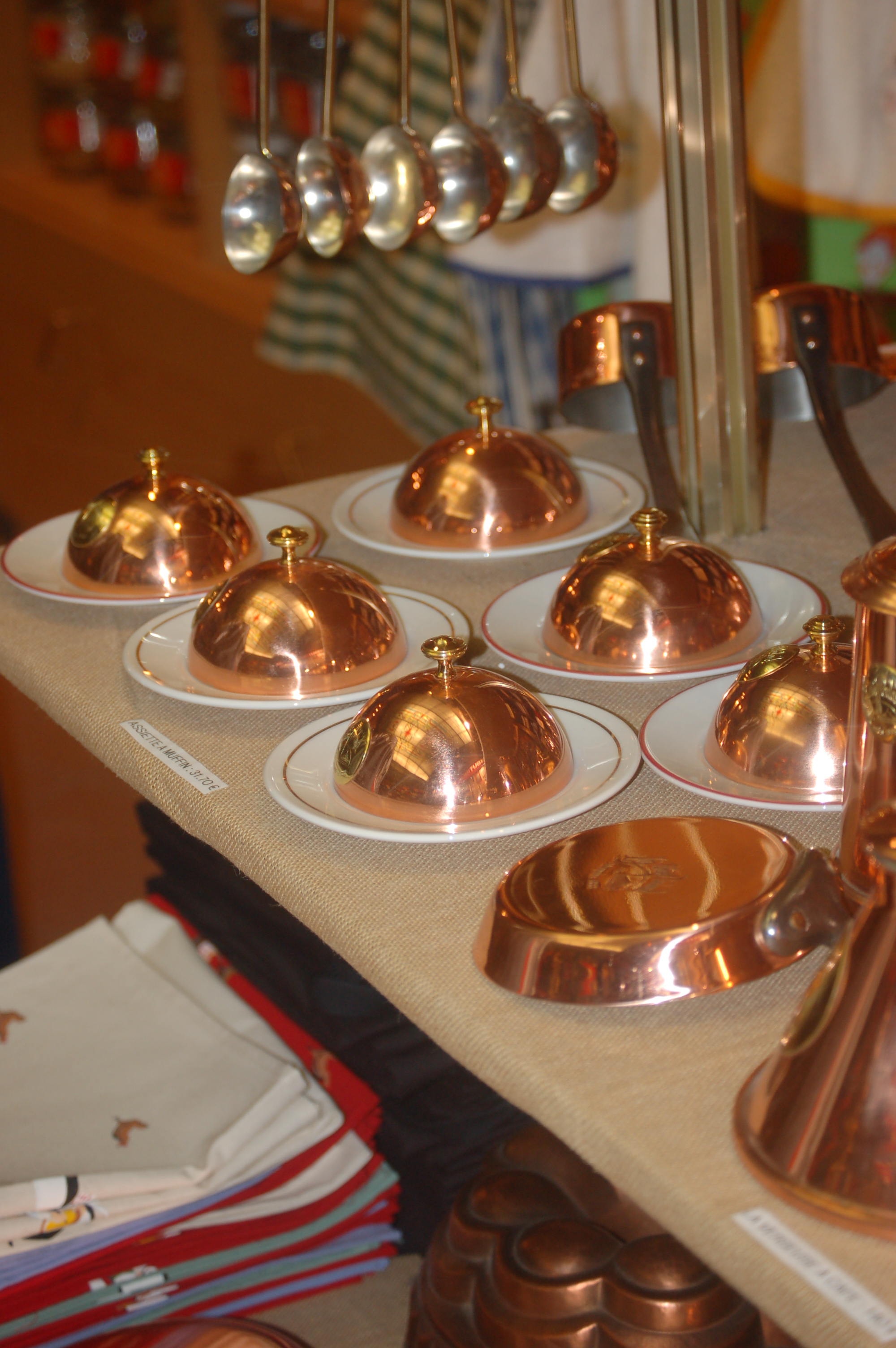 nádobí na výrobu pudinku - St. Michael.JPG