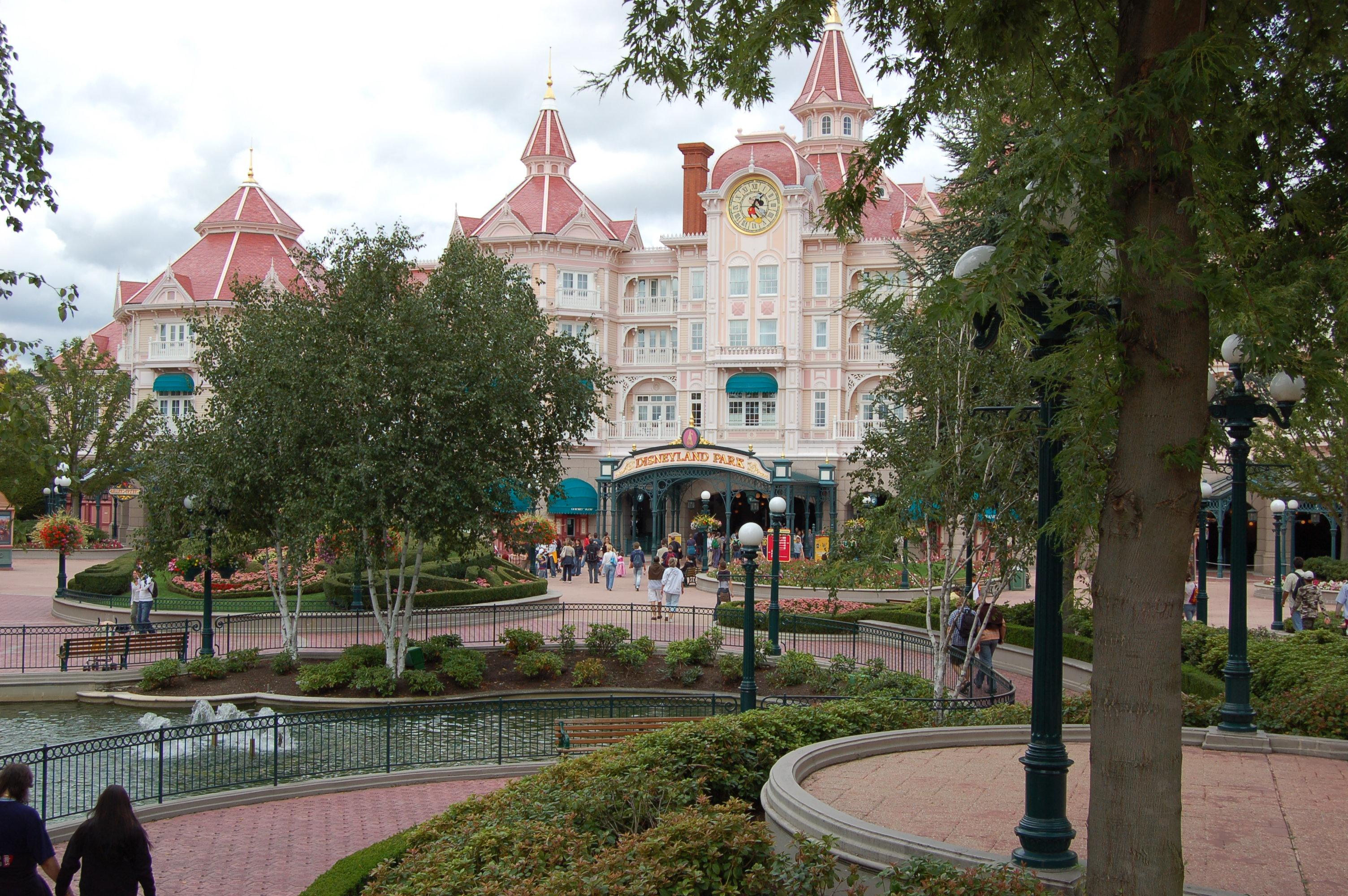 Disneyland Paris II.JPG