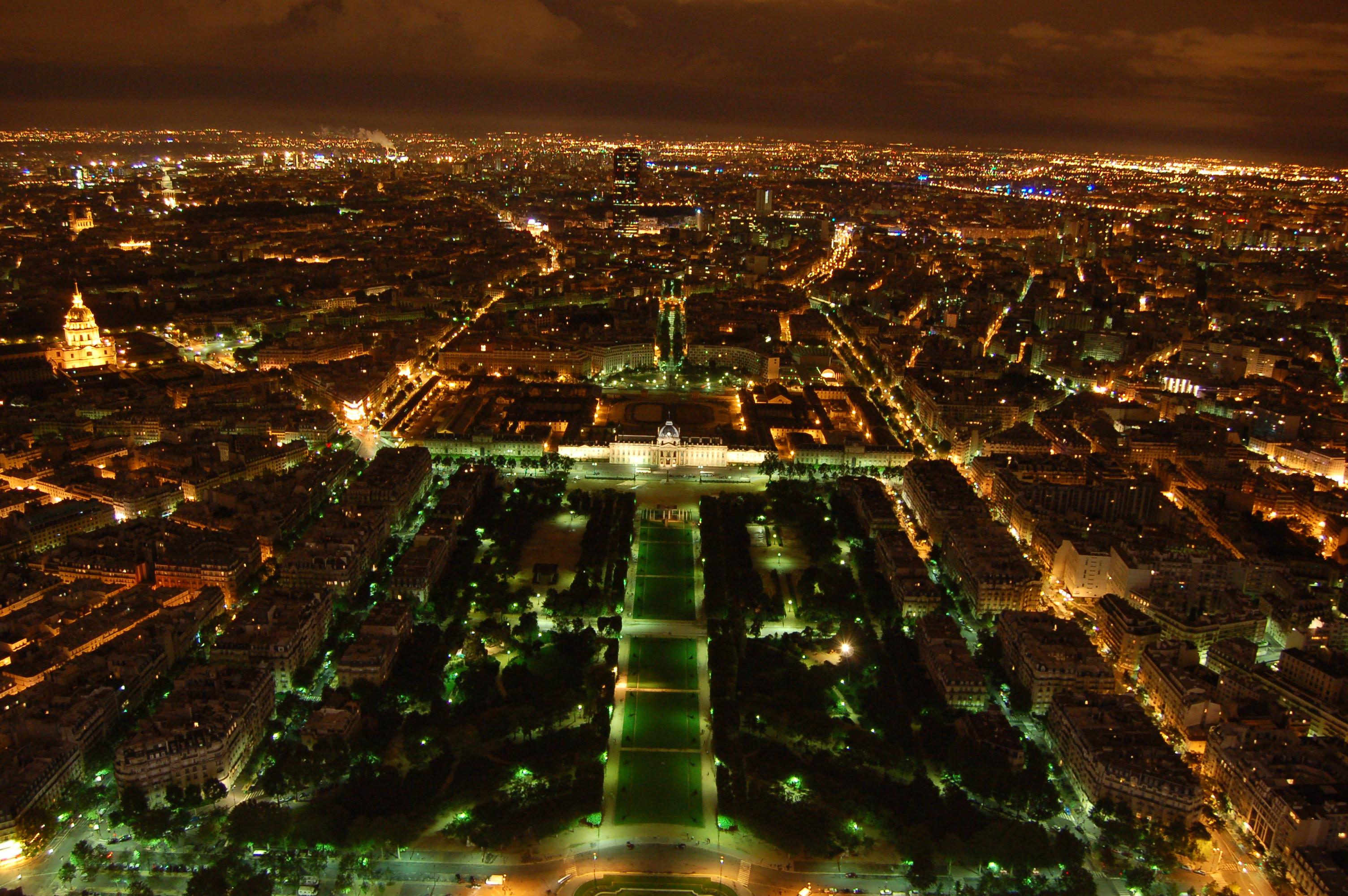 noční pohled z Eiffleovy věže V.JPG
