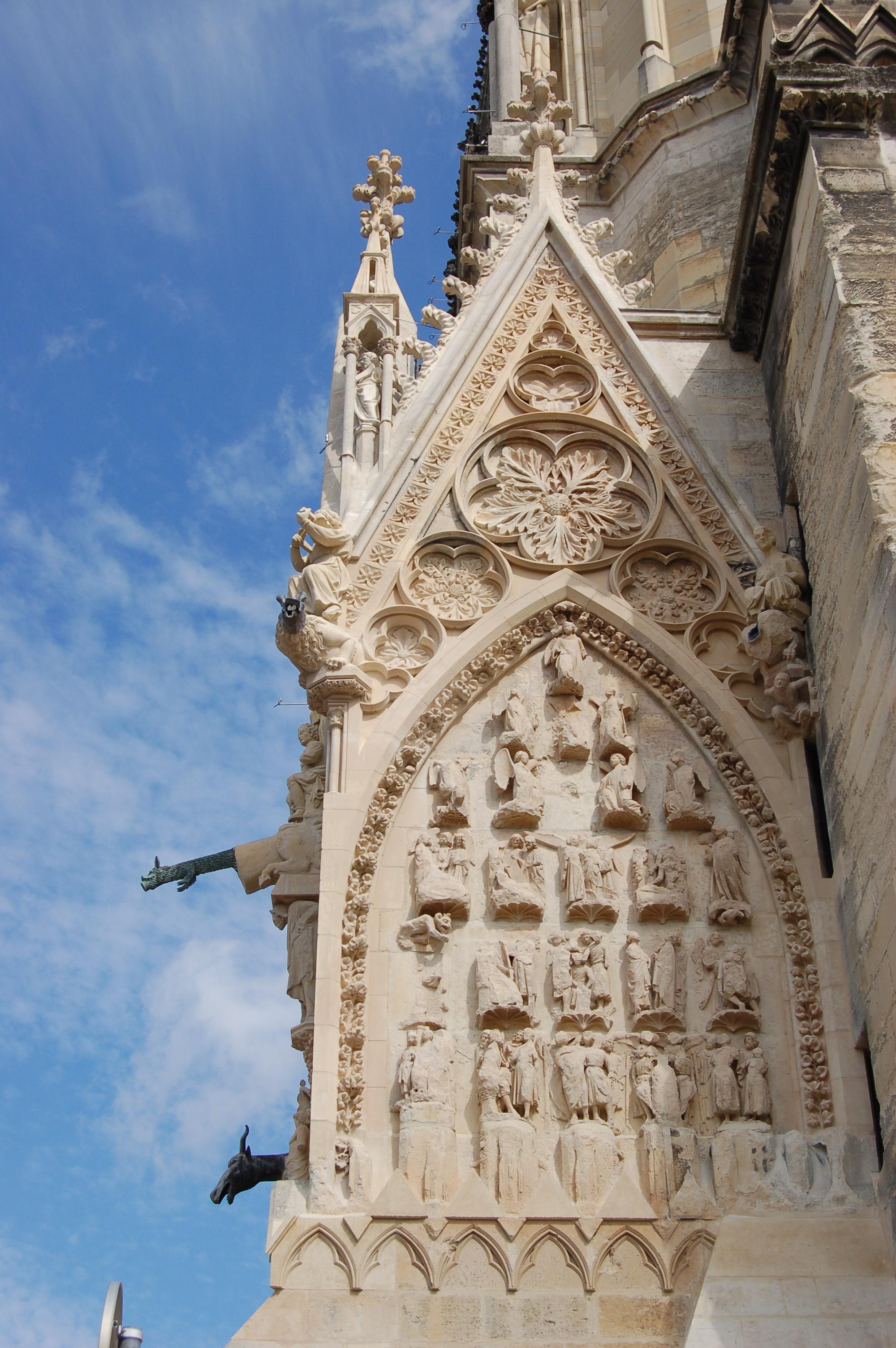 Detail katedrále v Remeši.JPG