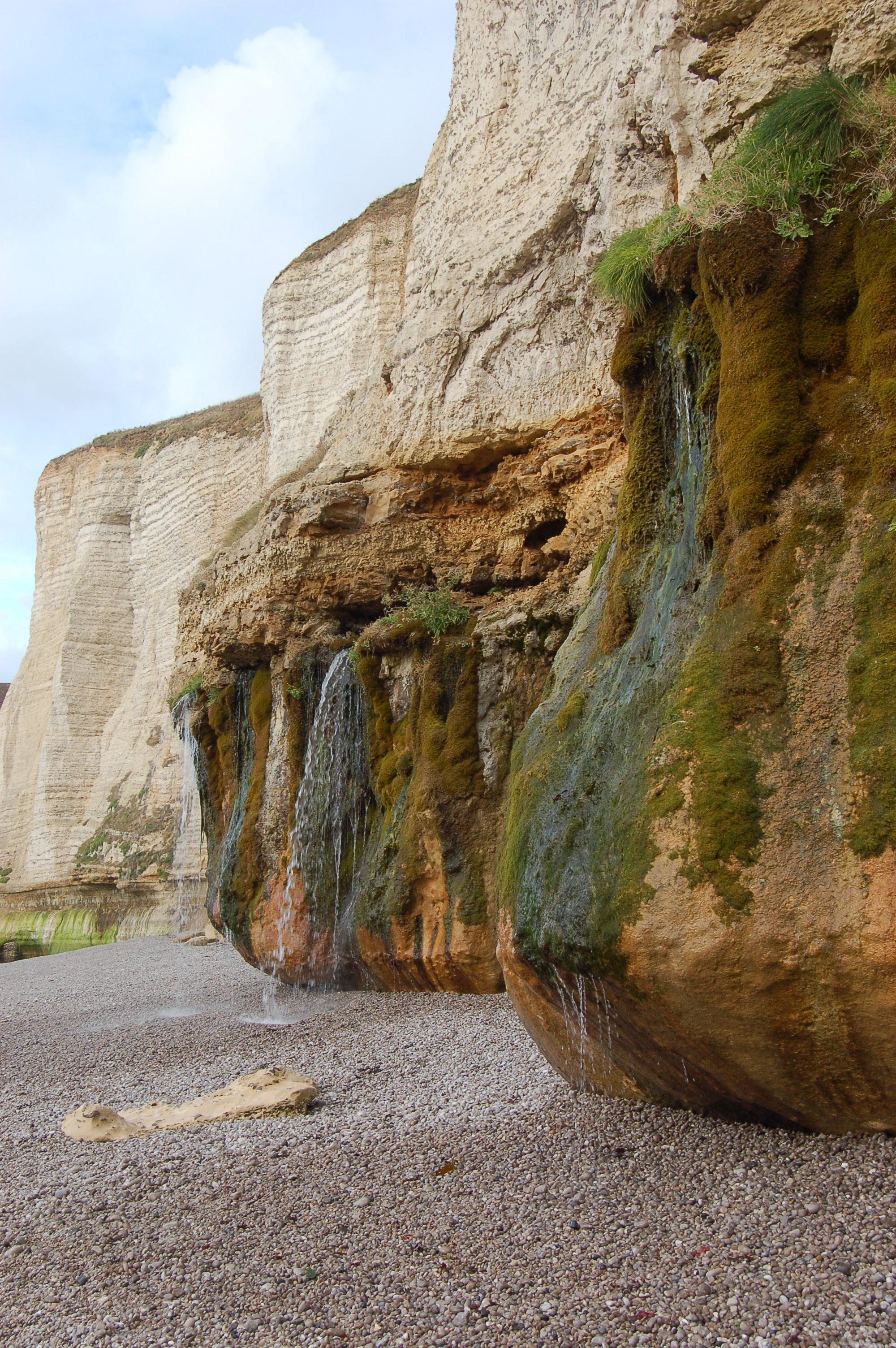 Etretat - pobřeží po odlivu VIII.JPG