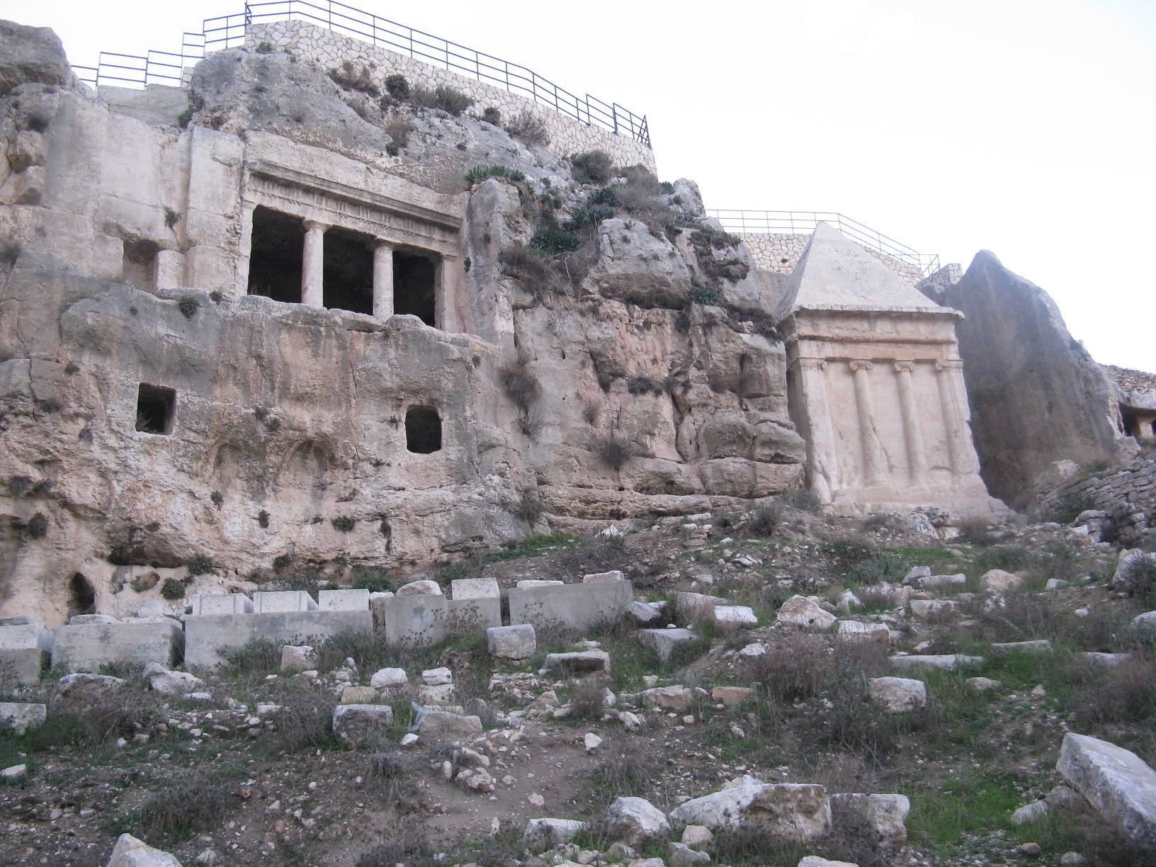 římské hrobky.jpg
