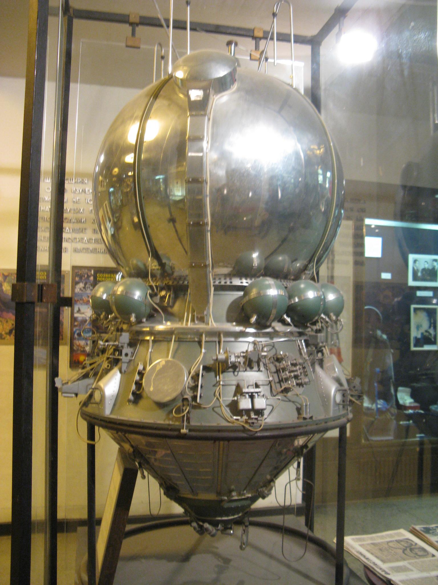 Maketa kosmické lodi Vostok (a.JPG
