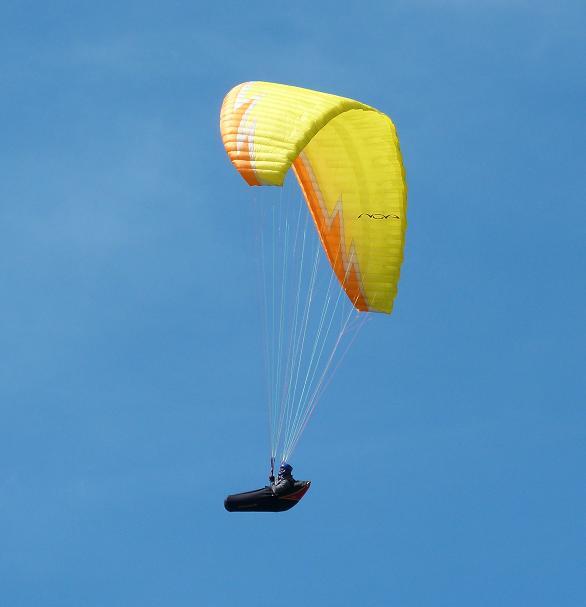 paragliding-01.jpg