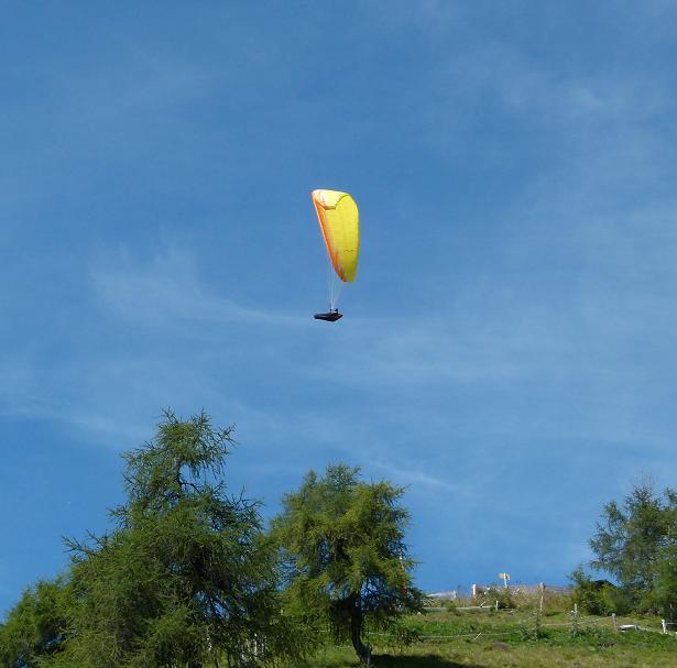 paragliding-02.jpg