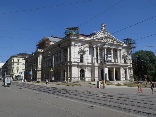 mahenovo-divadlo.jpg