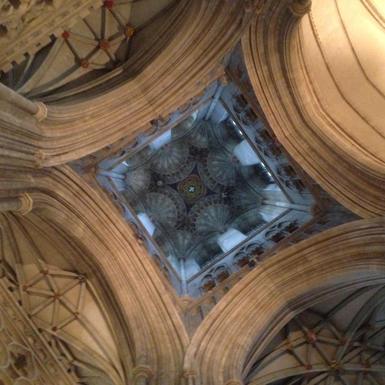 Křížení lodí - katedrála v Canterbury