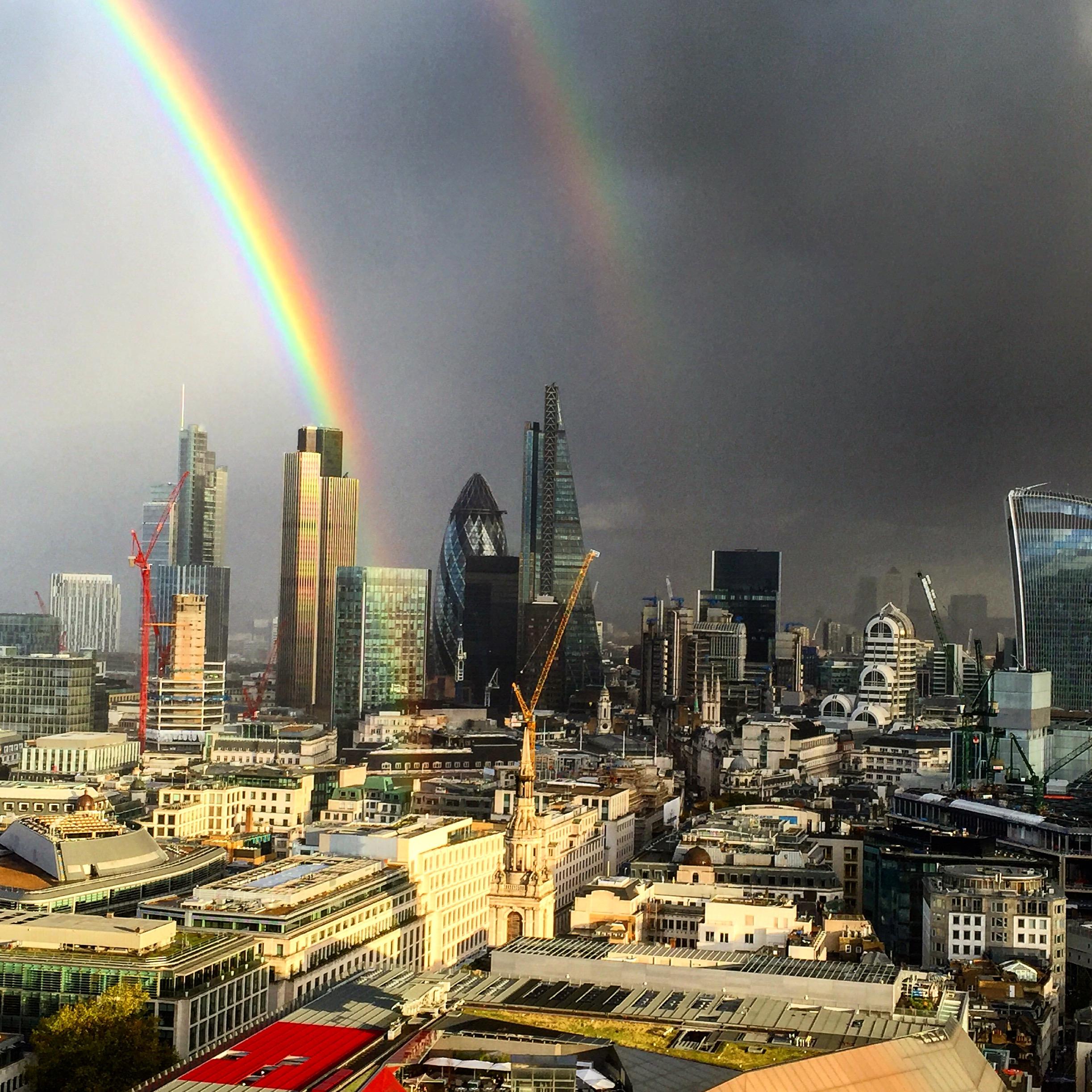 Duha nad City of London