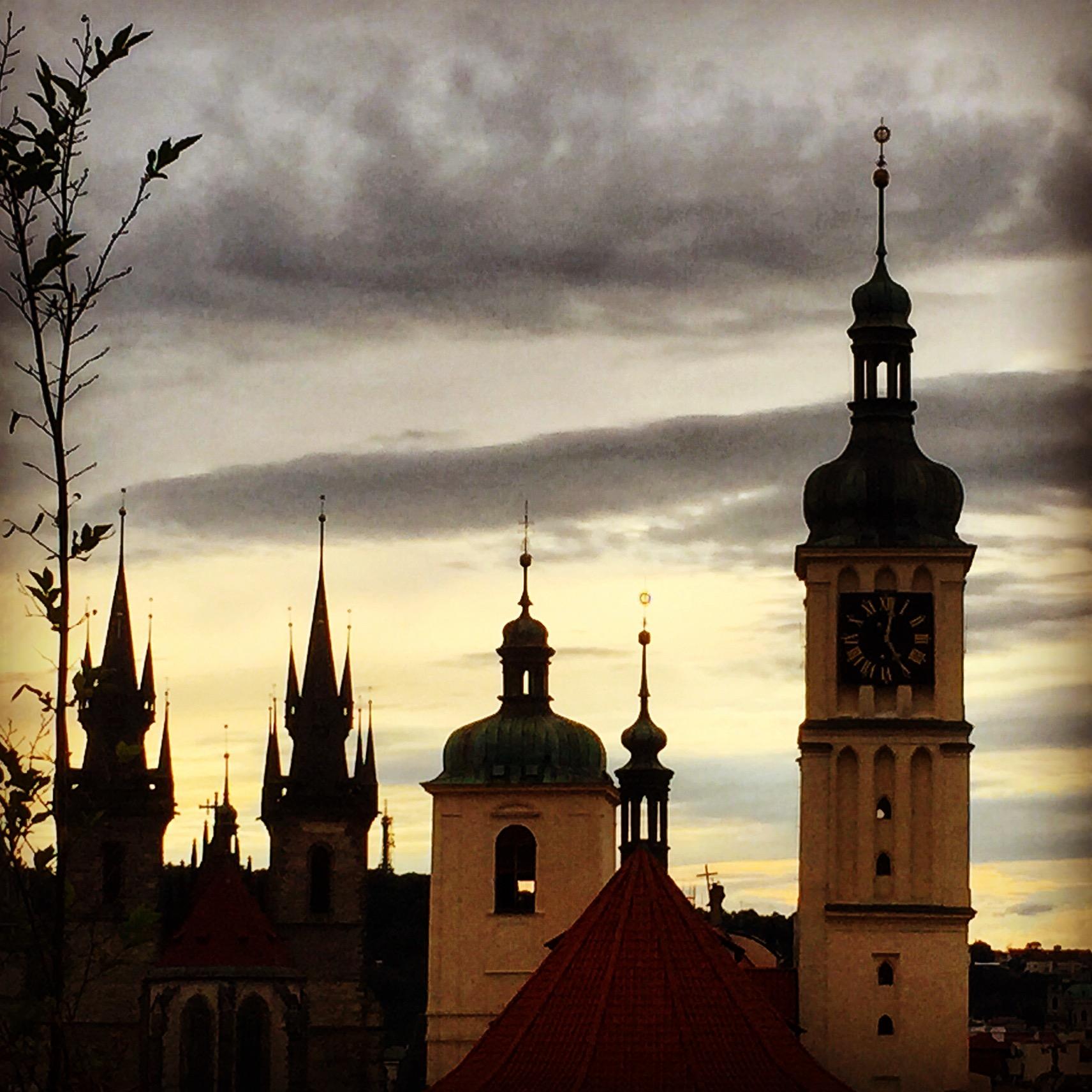 Podvečer nad Starým Městem