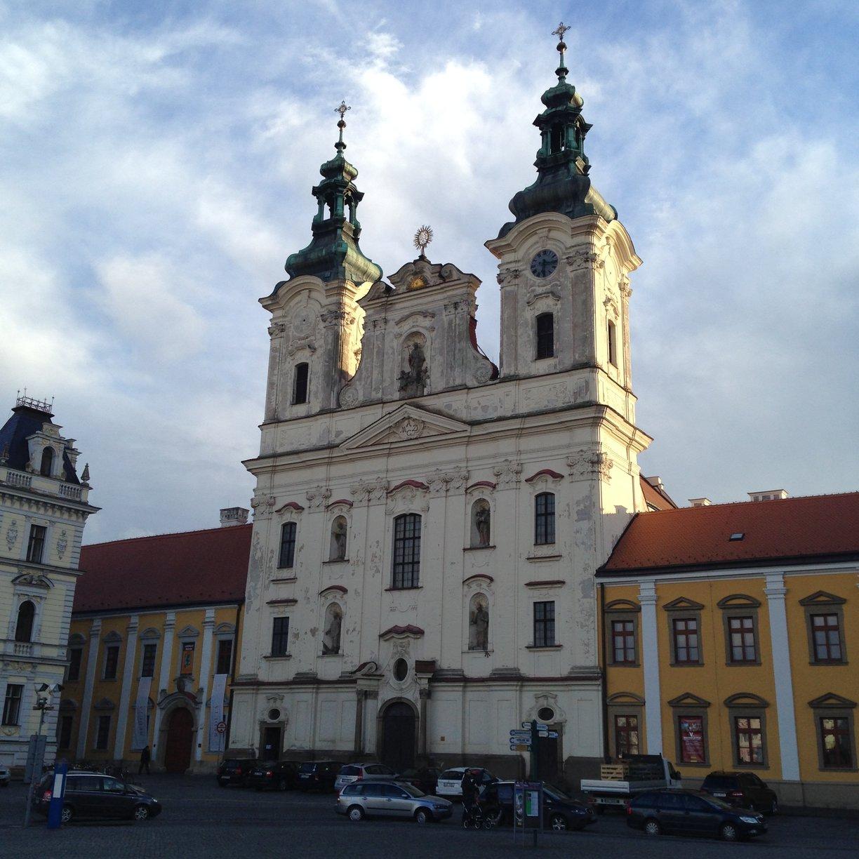 Masarykovo náměstí - kostel sv. Františka Xaverského