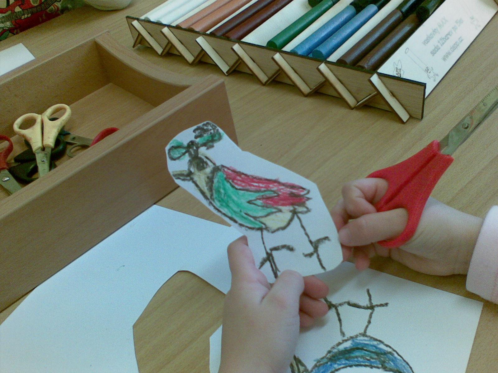 kresba a stříhání