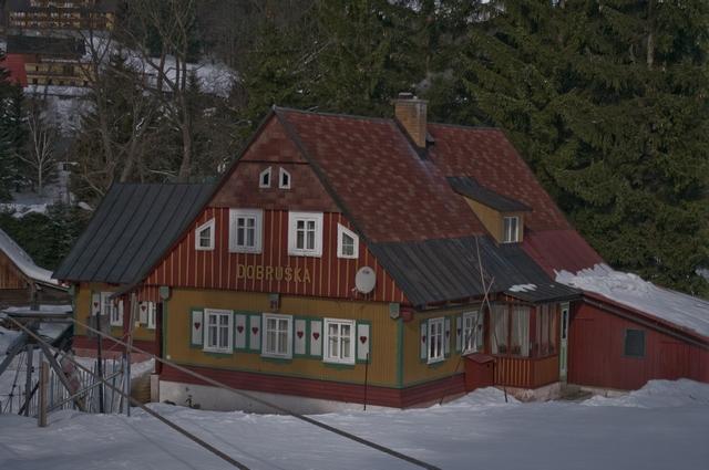 Dobruška, v minulosti zde byla česká škola