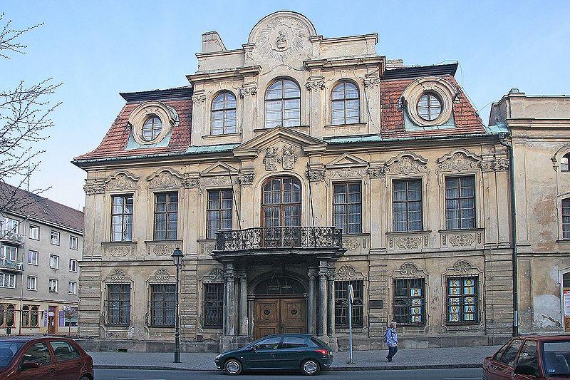 800px-Opava_-_Blucherův_palác.jpg
