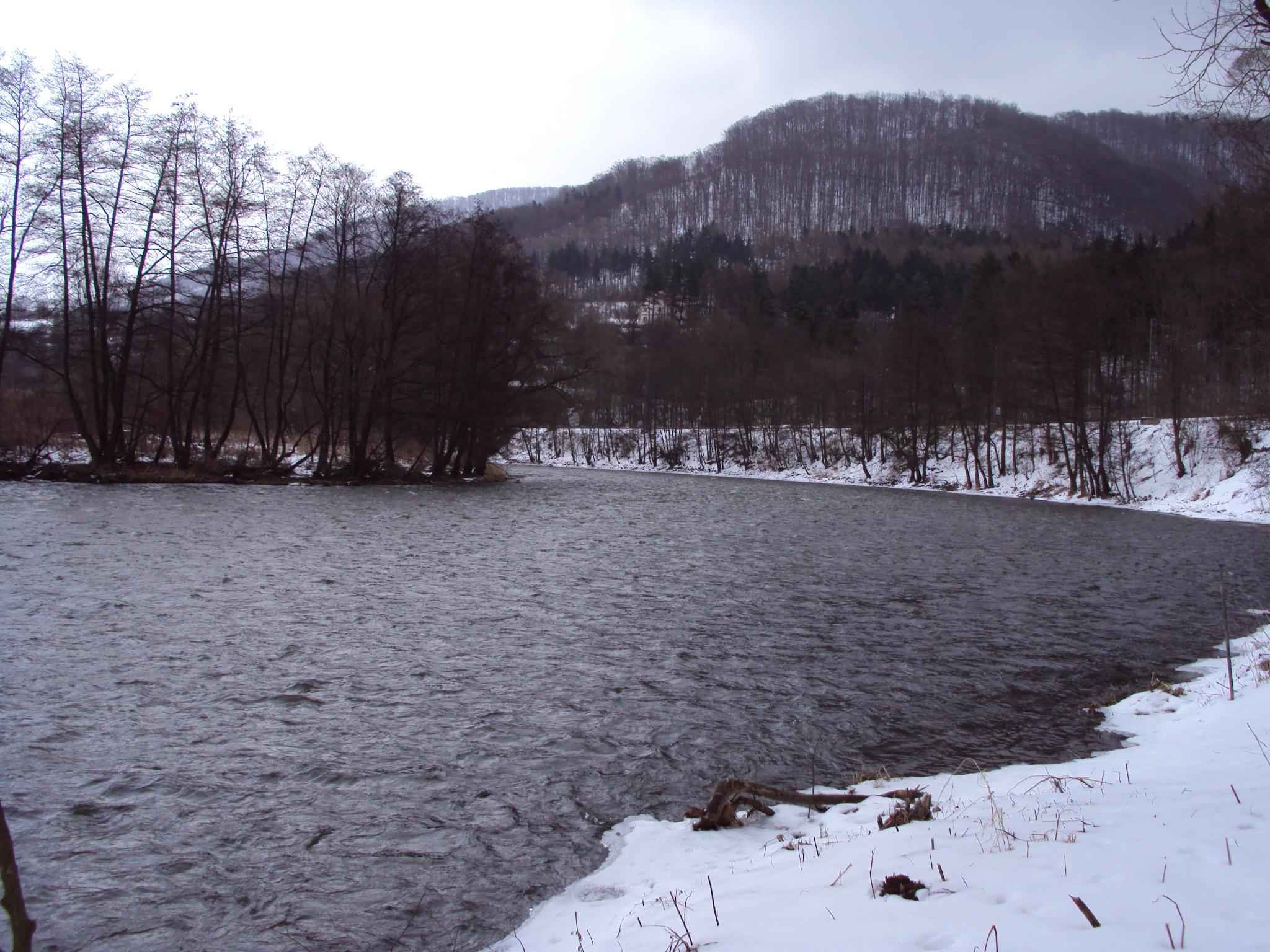 Ohře a zimní krajina