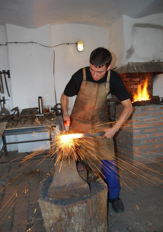 kovář.jpg