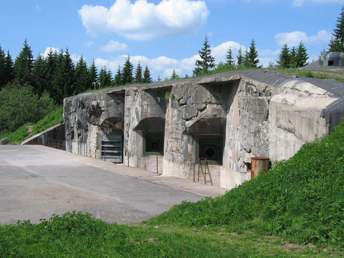 dělostřelecká pevnost.jpg